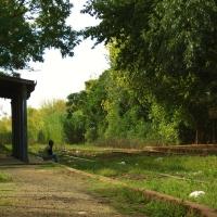 Detenido en el tiempo, en una vieja estación del ferrocarril…