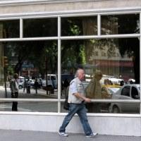 Reflejos e instantes en la calles de Buenos Aires...