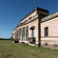 Efecto bumerán..., en un tiempo, en una Estancia de Uruguay..., tal vez efecto mariposa...